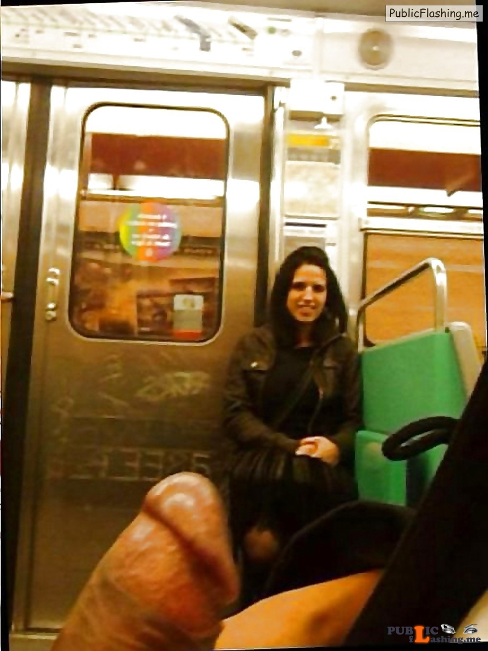 Dick flash in train girl saw me and likes