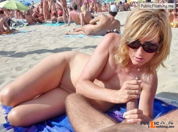 image Handjob on a public beach by naomi1 cap agde