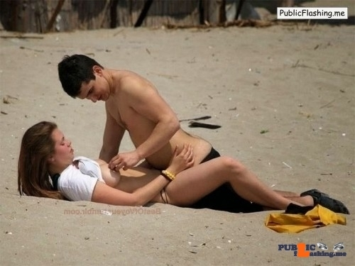 Sex on the beach college couple Public Flashing