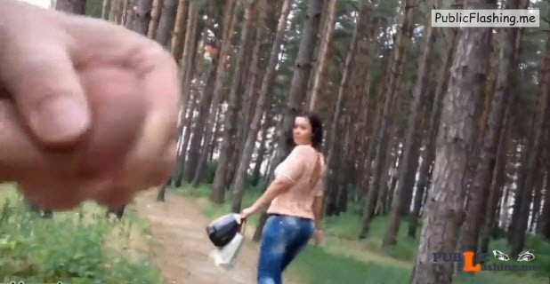 Girl watching guy jerking in forest VIDEO Public Flashing