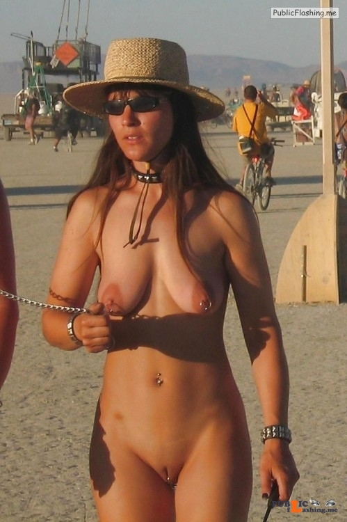 Public nudity photo 4nickate:? Follow me for more public exhibitionists:... Public Flashing