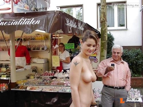 Public nudity photo amatureflashing: http://ift.tt/1oHLYT3 Foll... Public Flashing