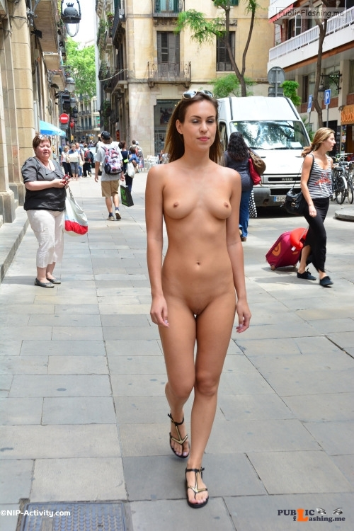 Public nudity photo publicspacebv: Follow me for more public exhibitionists:... Public Flashing