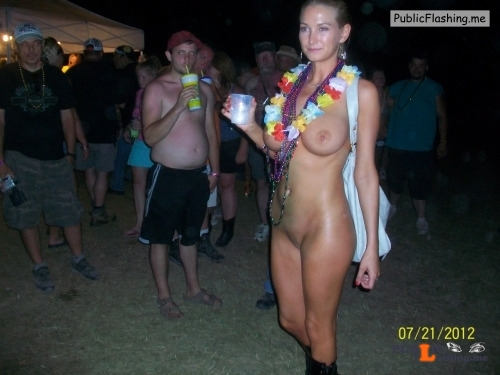Public nudity photo sexual in public:outdoors Follow me for more public... Public Flashing