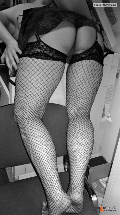 No panties thenaughtyfairy: Cheeky printing… pantiesless Public Flashing