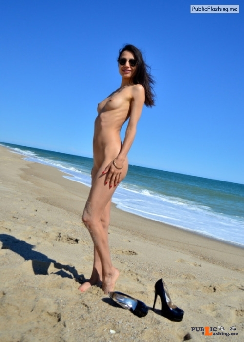 Outdoor nude selfshot Thx to Alexis for the Submission! Public Flashing