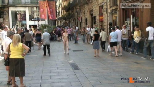 Public nudity photo exposed on public:Naked walk through Barcelona gets many... Public Flashing