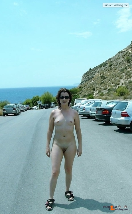 Public nudity photo arturotik: Nice nude dare Follow me for more public... Public Flashing