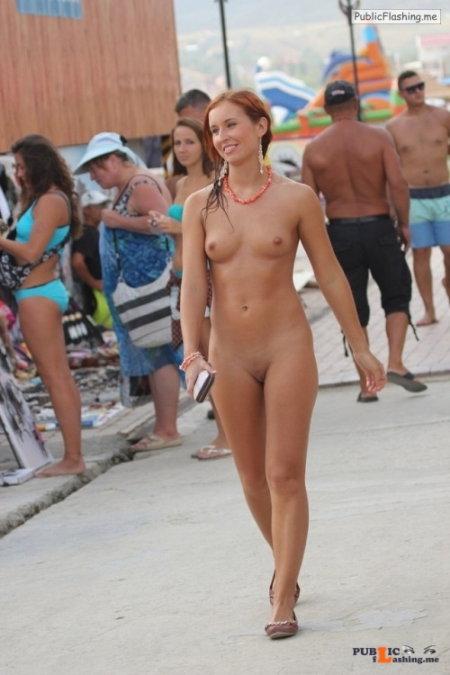Public nudity photo pegeha:Pegeha gefällt das Bild Follow me for more public... Public Flashing