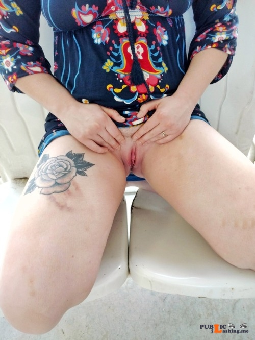 No panties sexysouthnola: Flashing out on the carport ??? that was the... pantiesless Public Flashing
