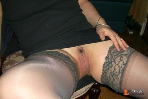 No panties yourmagicalcollectorgardener: Love an upskirt! pantiesless Public Flashing
