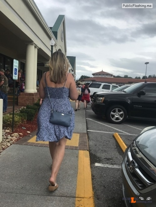 No panties fatherxxx: Just out shopping while on a vacation. pantiesless Public Flashing