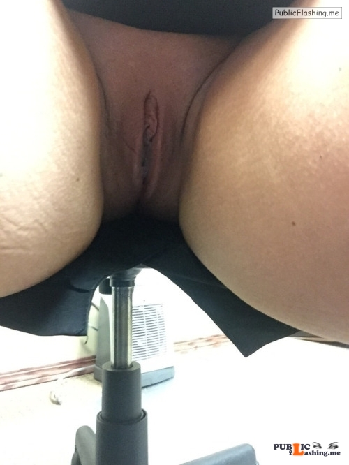 No panties @sluttymidwestmilf enjoying a commando hump day in her office.... pantiesless Public Flashing