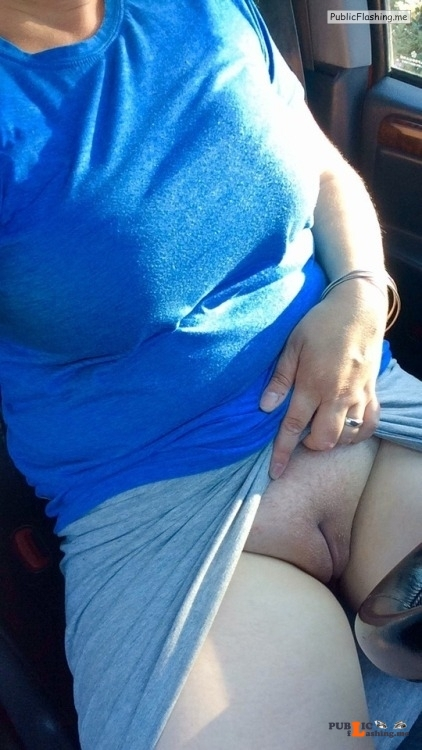 No panties veronicaelectronica14: It's hot Commando weekend, thanks for... pantiesless Public Flashing
