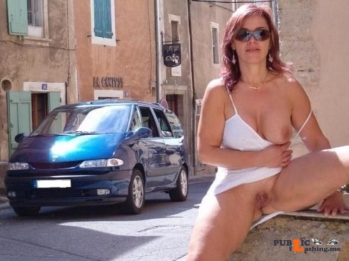 Public flashing photo outside only:visit http://bit.ly/1IyomH0 If you want... Public Flashing