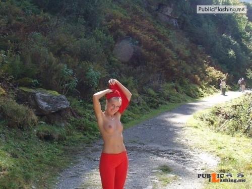 Outdoor nude selfshot naked hiking! Public Flashing