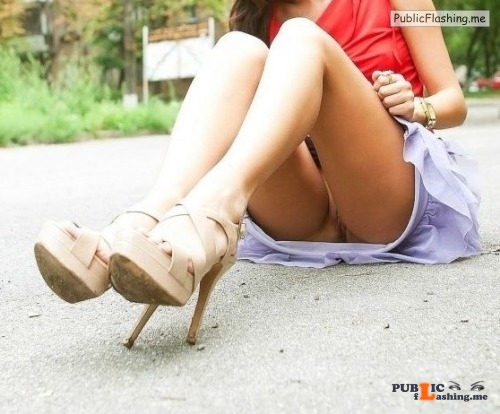 No panties hottysjourney: Just to show you my new shoes… pantiesless Public Flashing