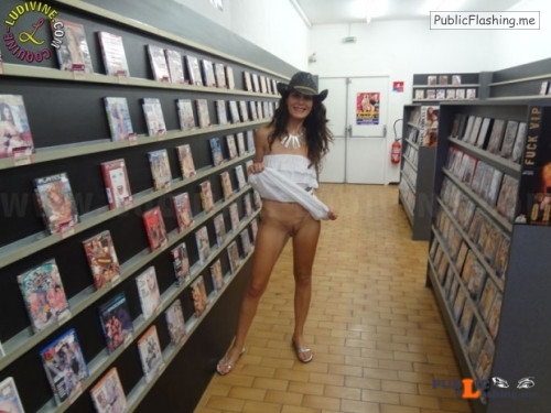 Outdoor nude selfshot Sex shop flashing! Public Flashing