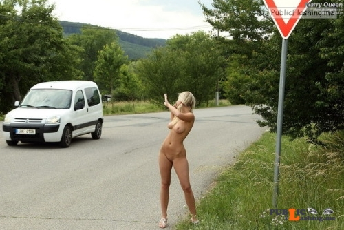 Public nudity photo equus428:She is not shy Follow me for more public... Public Flashing