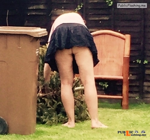 No panties Commando gardening. Thanks for the submission @andyroo620 pantiesless Public Flashing