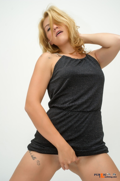 No panties austrianbeauty: Lust pantiesless Public Flashing