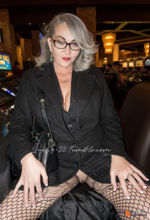 No panties lucky 33: Dec 2017Red Rocks Casino pantiesless Public Flashing