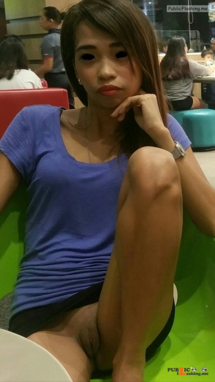 No panties yur483: Close up from in jollibee island central mall mactan pantiesless Public Flashing