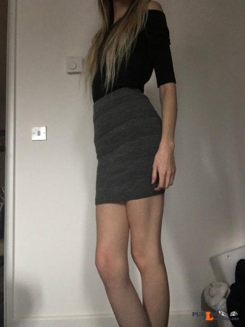 No panties blonde dolly: Always dress properly for work 💕 pantiesless Public Flashing