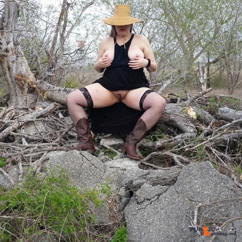 No panties hottiemcboots: #hottiemcboots #real wife #outdoor pantiesless Public Flashing