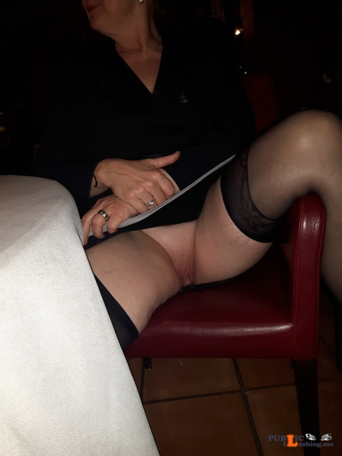 No panties Commando in the restaurant pantiesless Public Flashing