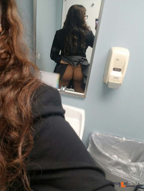 No panties midnightsexcapades: Agh I'm so wet from not wearing any panties... pantiesless Public Flashing