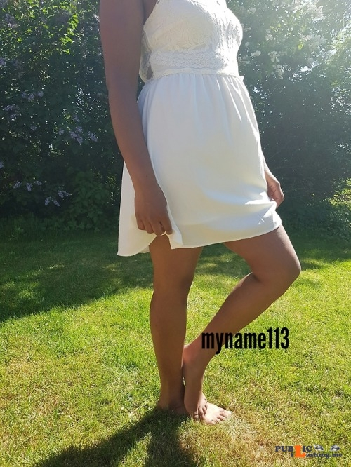 No panties myname113: Just a walk in the park ? do you whant to see more ?... pantiesless Public Flashing