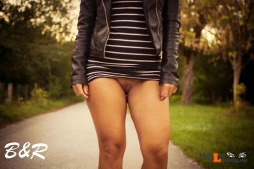 No panties hot upskirts: https://ift.tt/2i90Qd4 Thanks for... pantiesless Public Flashing