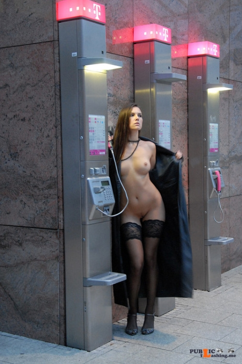 Public flashing photo xposedzone: Submit to Xposedzone! 17000 followers want to see... Public Flashing
