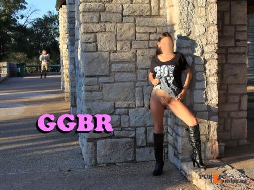 No panties goodgirlbadreputation: Public playtime ! GGBR pantiesless Public Flashing