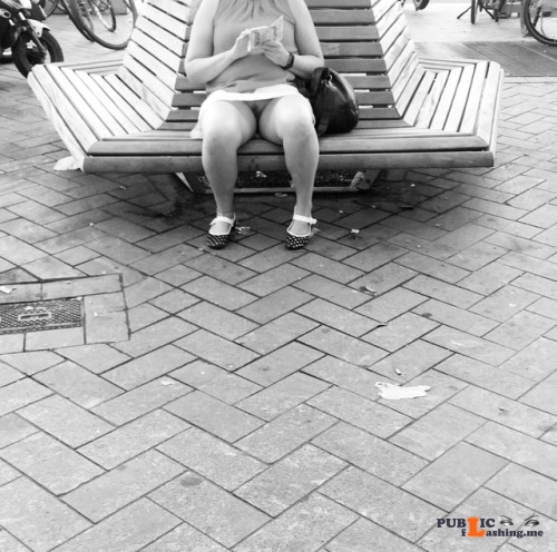 No panties Pantyless vacation, a break from the city walk. Every day is... pantiesless Public Flashing
