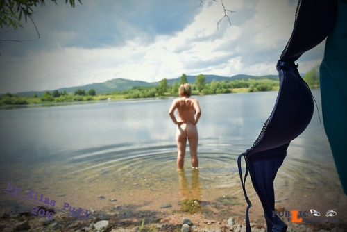 Outdoor nude selfshot Naked nymph in the lake.03.07.2018 P.S. We had a wonderful... Public Flashing