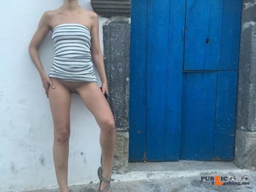 No panties rastal04: Troieggiando.Sluttin'.Please reblog! pantiesless Public Flashing