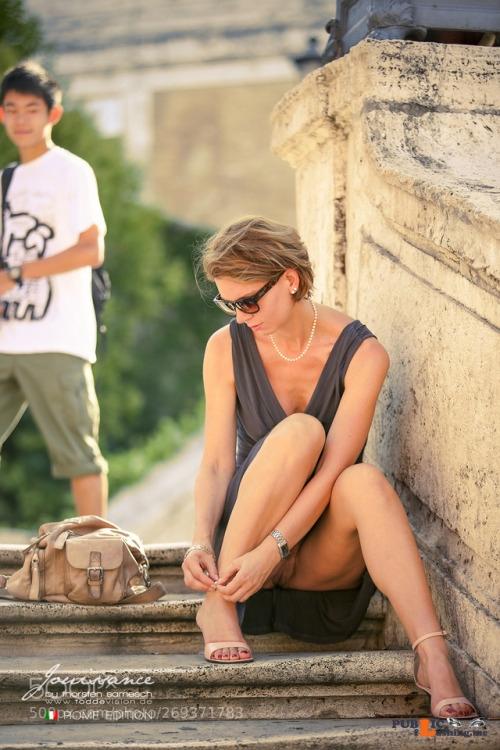Exposed in public omgchoppedgoateedinosaurfan:Jouissance in Rome 09 by... Public Flashing
