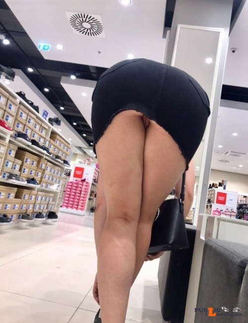 No panties letussharewithyou: A day out shopping somewhere in Europe with... pantiesless Public Flashing