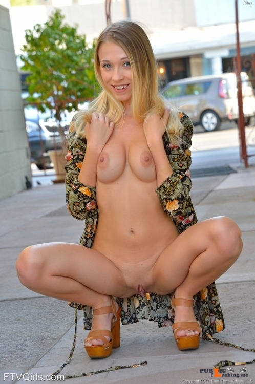 FTV Babes Riley is a cute little blonde who apparently has no fear. She... Public Flashing