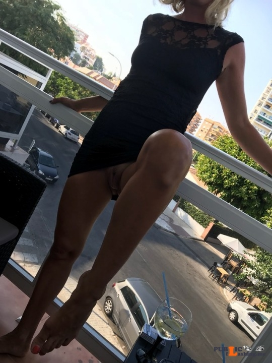 No panties kimthemilf: Whoops forgot to put knickers on………oh well!! pantiesless Public Flashing