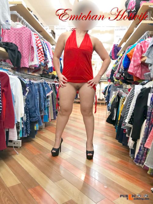 No panties emichanhotwife: Red dress???? pantiesless Public Flashing