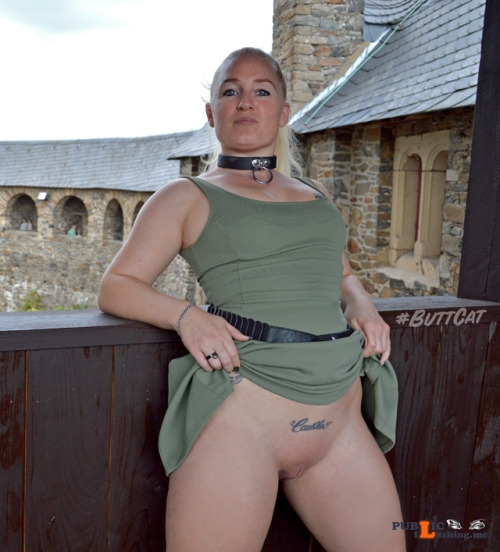 No panties mastersbuttcat: a castle is a nice location for upskirts. pantiesless Public Flashing