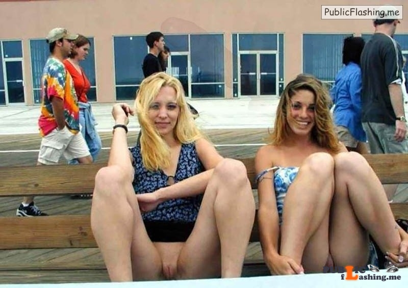 College girls pics flashing pussies public bench