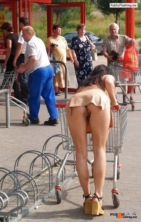 No panties ass flash bent over shopping trolley