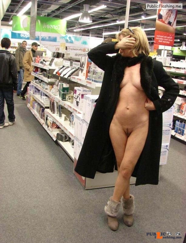Shy MlLF flashing in public supermarket