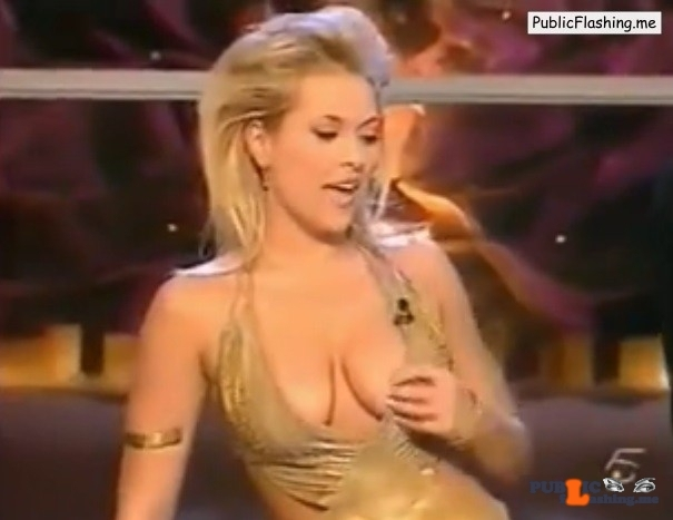 Daniele Blume nipple slip on air VIDEO