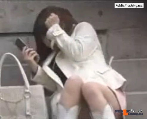 Sharking vids Sharking Public Flashing Videos Masturbation vids Masturbation Asian vids Asian : Some Japanese prick is cumming on schoolgirls in public places. He approaches these girls right on time when it is going to cum and shuts the load direct on them, also know as cum sharking. Surprised Asian teen girls are...