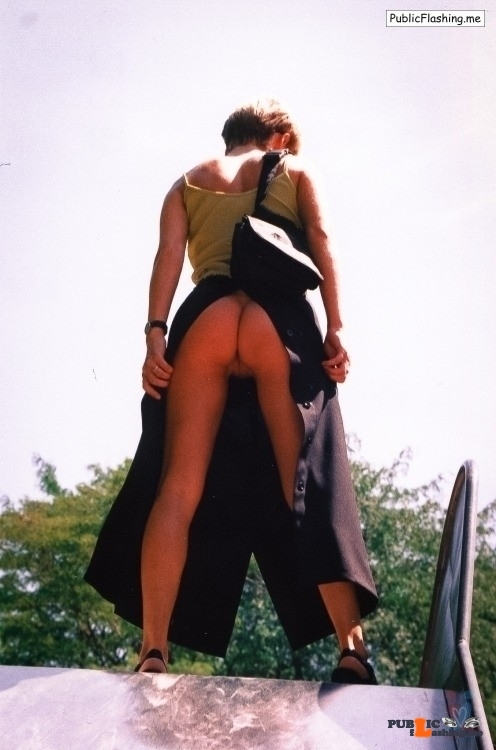 Public Flashing Photo Feed : No panties aingala: https://ift.tt/28QAaYk Nice view pantiesless